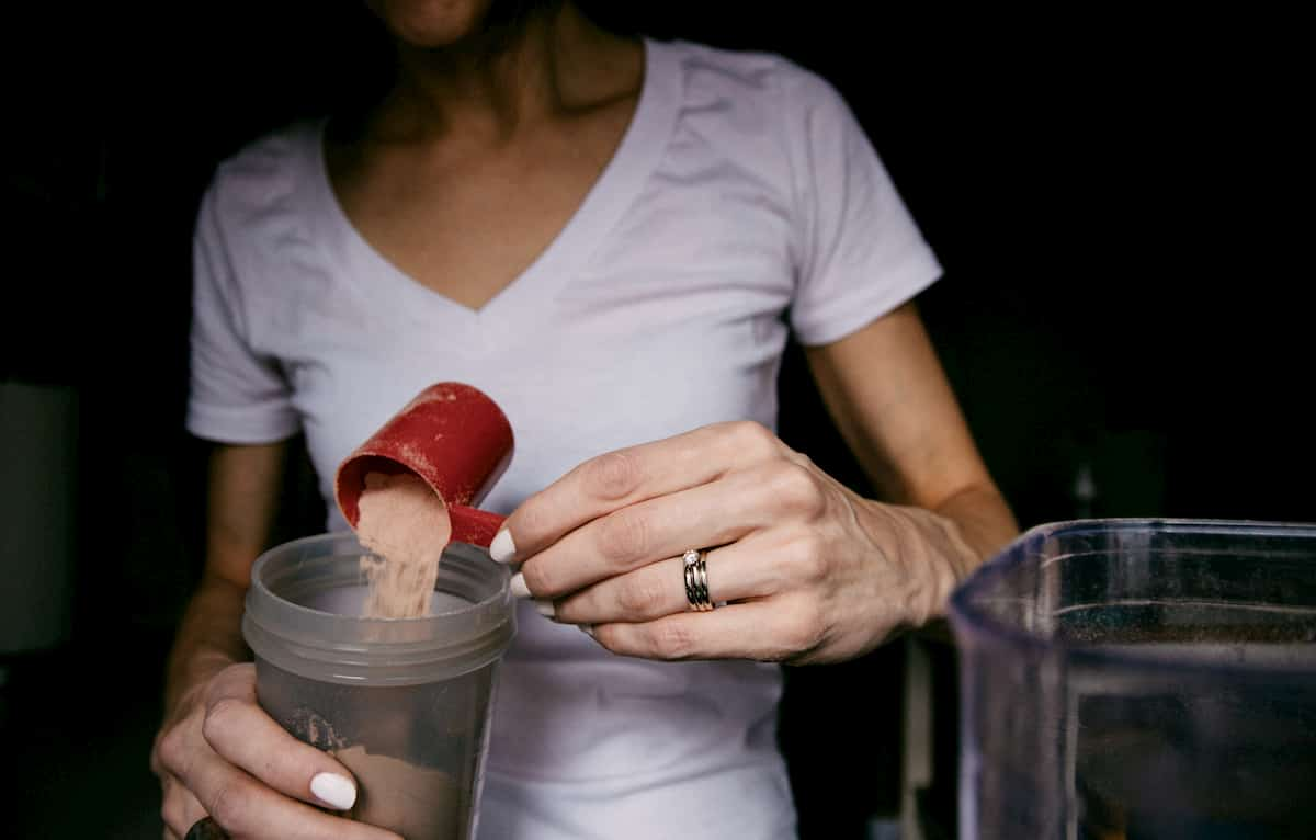 how-many-grams-of-protein-should-50-year-old-woman-eat